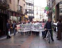 Los trabajadores de Zanon animan a los despedidos de Waechtersbach a continuar la lucha.