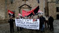 La CGT de Cáceres se concentró ante la Diputación para exigir el fin de la usurpación e sus siglas y la restitución de sus derechos sindicales.