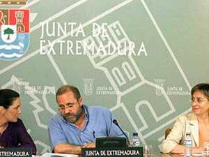 ESCRIBEN AL PRESIDENTE DEL GOBIERNO SOLICITANDO EL CESE DE LA DELEGADA DEL GOBIERNO