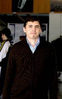 """Angel Olmedo Alonso HISTORIADOR : """"Las víctimas del franquismo también lo fueron de la transición"""""""