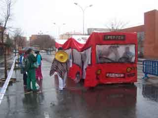 """""""si no quieres caldo, toma tres tazas"""", decretazo para subir el bus en Cáceres"""
