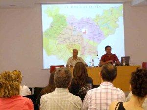 """La Plataforma Ciudadana """"Refinería NO""""  participó en unas jornadas sobre """"Capital y Territorio"""" organizada por la Universidad Internacional de Andalucía –UNIA- en Sevilla."""